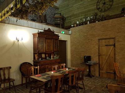 estaminets-en-nord-Lynde-Le-Tandem-table