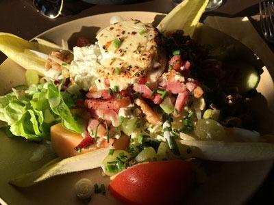 estaminets-en-nord-Loker-Den-Heksestoel-salade
