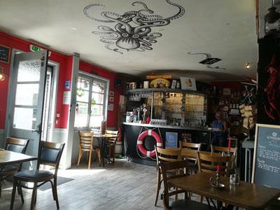 estaminets-en-nord-Zuydcoote-Le-Galion-bar